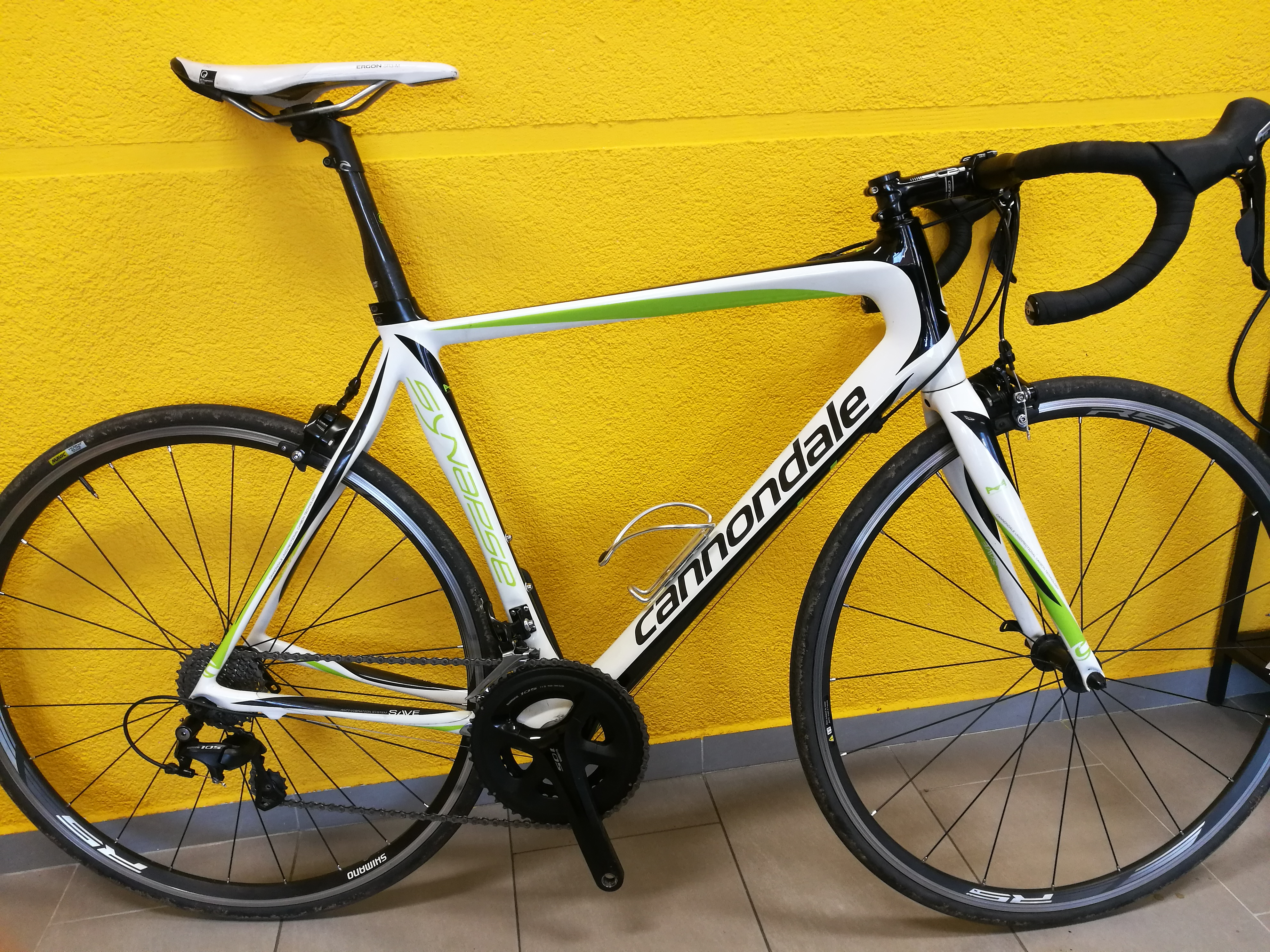 Cannondale synapse - 105, rėmo dydis 56